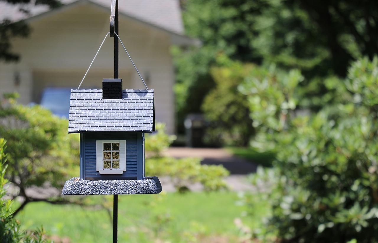 Comment choisir entre l'hypothèque et la caution bancaire ?